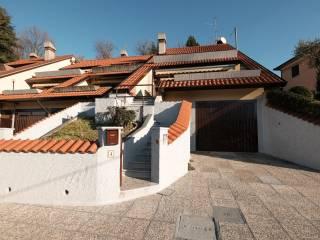 Photo - Terraced house via Tronchera di Mezzo, Cisano Bergamasco