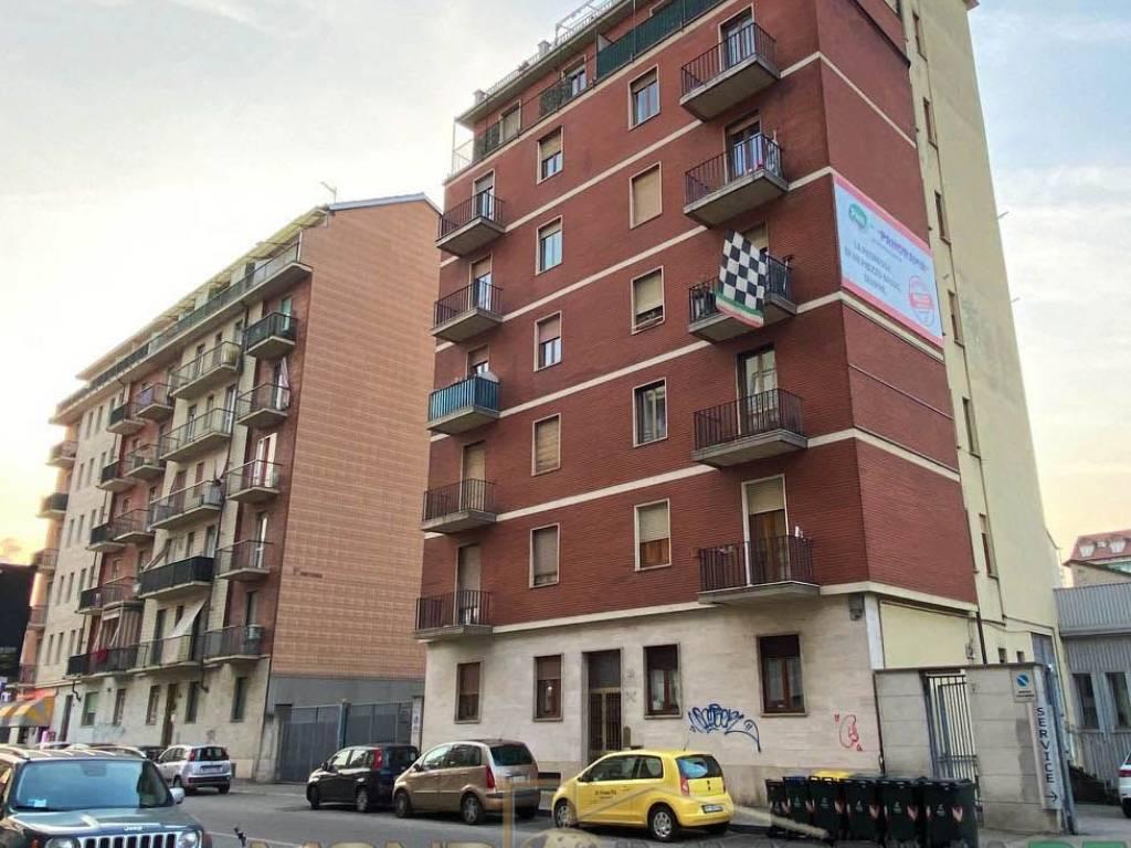 foto Stabile Trilocale via Giordano Bruno 76, Torino