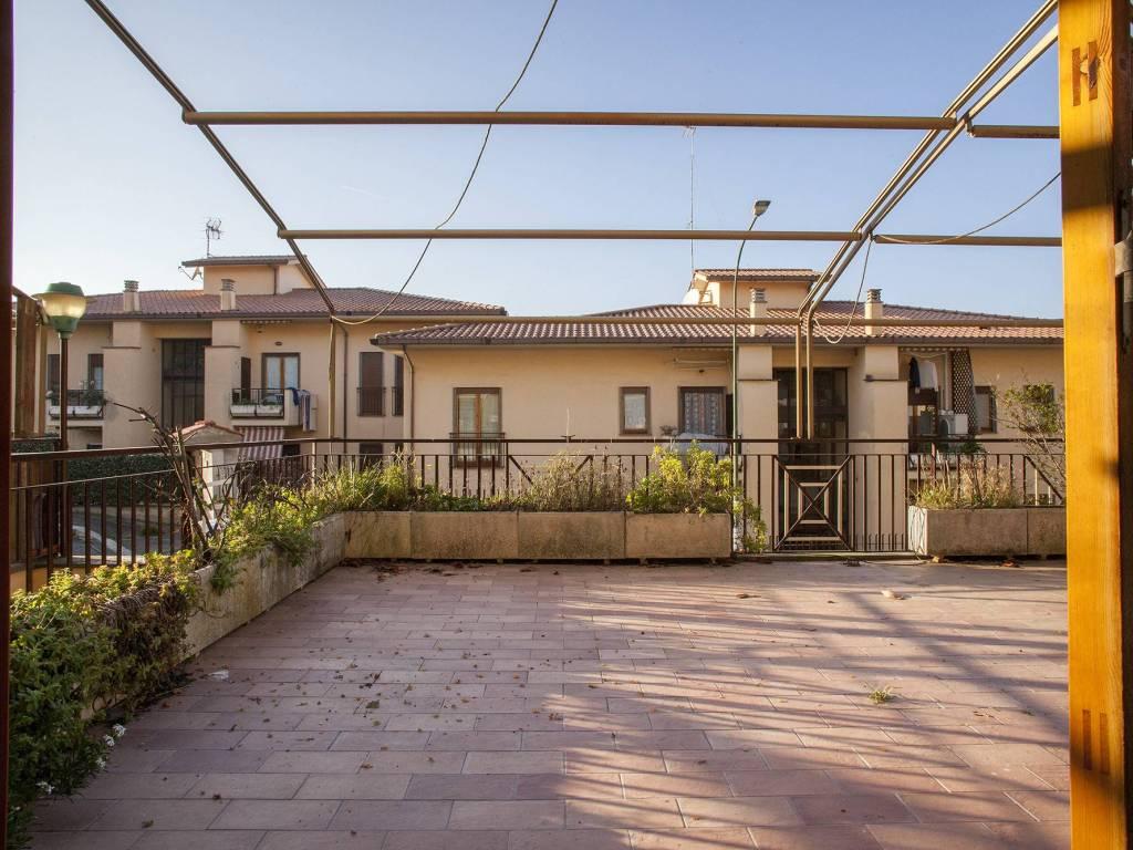 foto ESTERNO 4-room flat via dei castani, Frascati