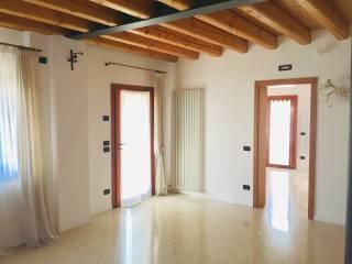 Foto - Villa bifamiliare via Mercato Vecchio, Mercato Vecchio, Montebelluna