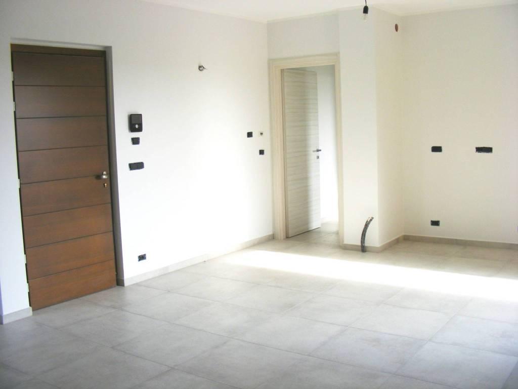 foto INGRESSO 4-room flat Strada Poirino 125, Pinerolo