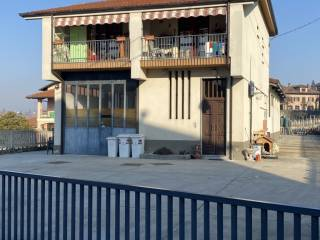 Photo - Single-family townhouse Strada Giardina, Priocca