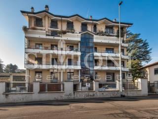 Φωτογραφία - Διαμέρισμα via Francesco Crispi, Montello, Varese
