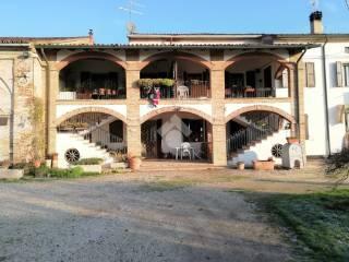 Photo - Farmhouse, good condition, 641 sq.m., Bagnolo San Vito