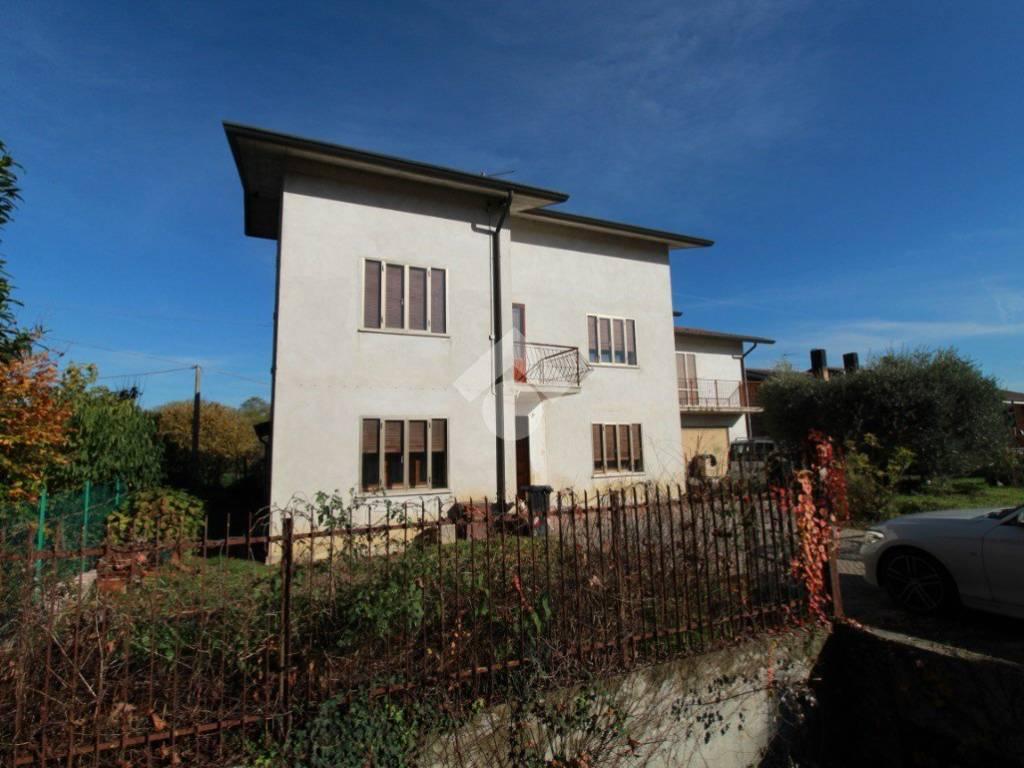 foto  Single-family townhouse Str  Padana verso Padova, Vicenza