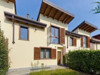 Photo - Terraced house via Gabriele D'Annunzio 18, Rosta