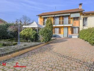 Foto - Villa a schiera via Circonvallazione Savi 78, Savi, Villanova d'Asti