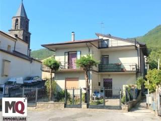 Foto - Einfamilienvilla, guter Zustand, 170 m², Roccamonfina