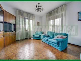 Foto - Villa bifamiliare via Cinque Piante, Gavirate