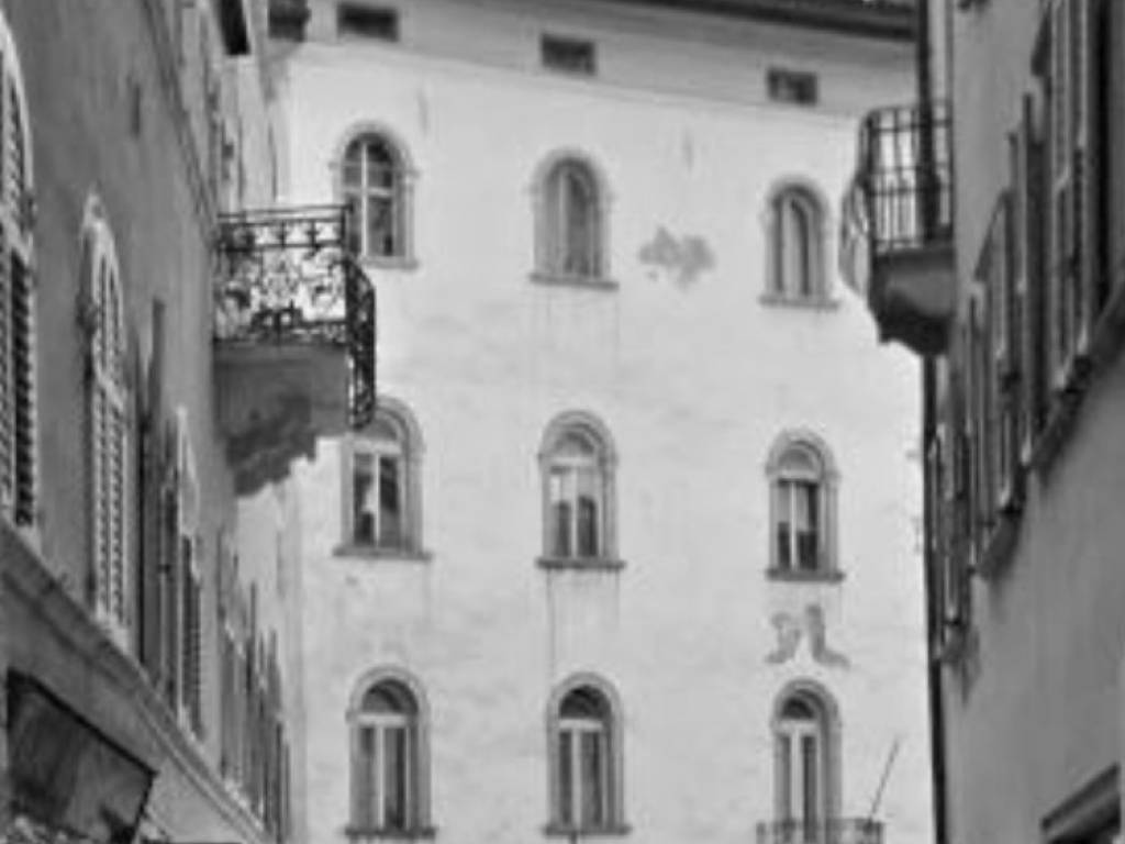Agenzie Immobiliari Trento Città vendita attico in piazza mario pasi trento. nuovo, terrazza