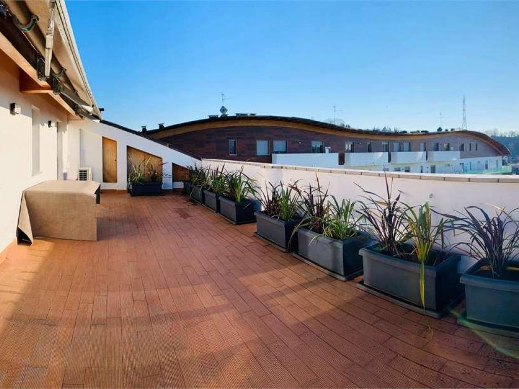 foto  4-room flat via Cavour, 1-d, Albano Sant'Alessandro