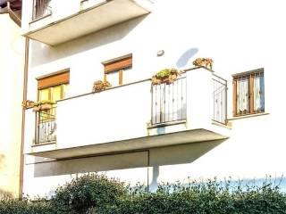 Foto - Villa a schiera via Attilio Confalonieri 32, Centro, Seveso