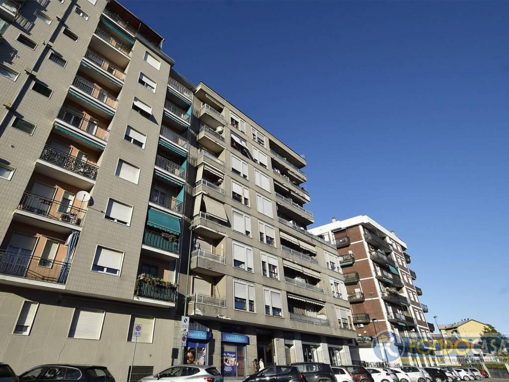 Grandi Serramenti Sesto San Giovanni vendita appartamento sesto san giovanni. trilocale in via 24