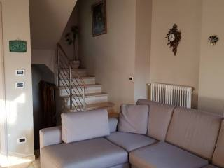 Photo - Terraced house 5 rooms, Busca