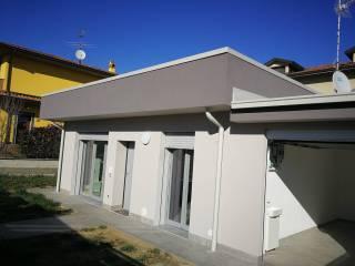 Foto - Villa a schiera via Giuseppe Garibaldi, Livraga
