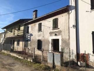 Foto - Terratetto unifamiliare 140 mq, da ristrutturare, Gazzo Veronese