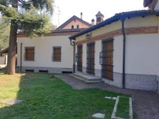 Photo - Two-family villa via Antonio Gramsci 21, Trezzano sul Naviglio