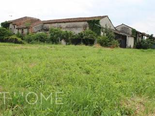 Photo - Country house, to be refurbished, 350 sq.m., San Pietro in Gu