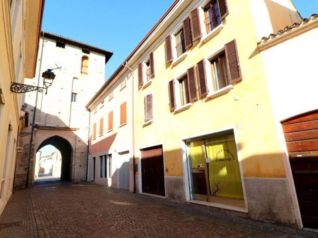 foto  Terratetto plurifamiliare via Roma, Ceresara