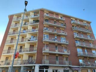 Foto - Trilocale via Castellamonte, Banchette