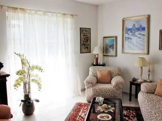 Foto - Vila familiar, muito bom estado, 180 m², Masera