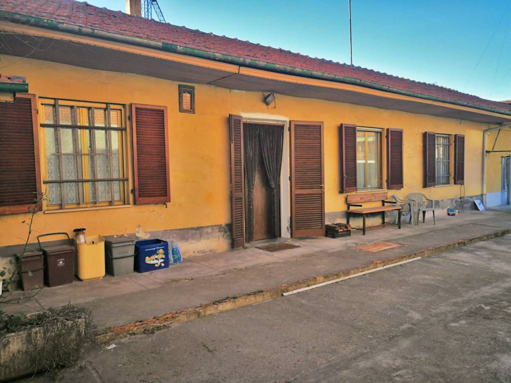 foto  Villa unifamiliare via 25 Aprile 108, Nichelino