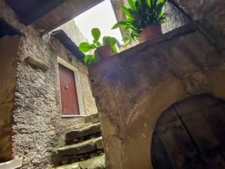 Foto - Bilocale via Roma, Longone Sabino