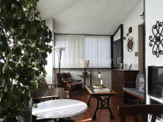 Photo - Two-family villa via Fratelli Signorelli, Garbagnate Milanese