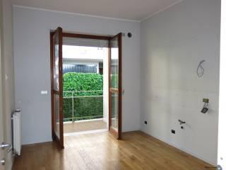 Photo - 4-room flat via Francesco Crispi, Alba