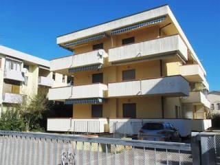Photo - 3-room flat via Maddalena, Alba Adriatica