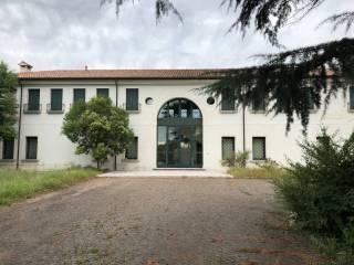 Foto - Casa colonica viale Brigata Marche 57C, Selvana, Treviso