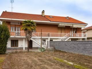 Photo - Terraced house via via C.Colombo, Cavagnolo