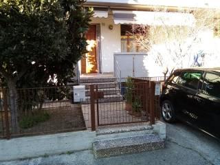 Φωτογραφία - Οικιστικό συγκρότημα via Sabotino 26, Tombaccia, Pesaro