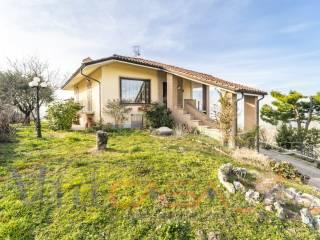 Foto - Villa unifamiliare Strada Nicolini Alto 10, Barbaresco
