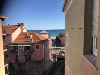 Φωτογραφία - Τριάρι via Nizza, Savona