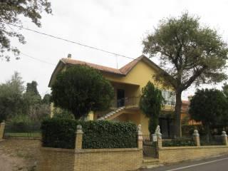 Φωτογραφία - Βίλα για 2 οικογένειες via Serra, Montecchio, Vallefoglia