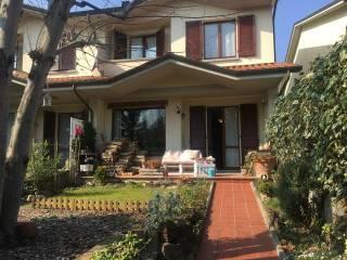 Foto - Villa a schiera via Pietro Mascagni 40, Mattaleto, Langhirano