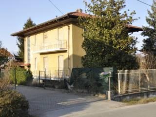 Foto - Villa bifamiliare, da ristrutturare, 250 mq, Strambino