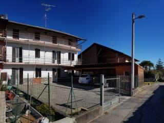 Foto - Terratetto unifamiliare via Borgomanero, Cressa