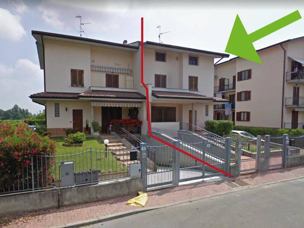 foto Foto 1 Односемейная вилла via della Spiga, 14-16, Cura Carpignano