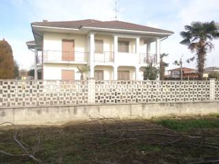 Foto - Villa bifamiliare, buono stato, 280 mq, Villata