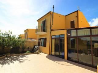 Foto - Villa a schiera via Guglielmo Oberdan 170, Valderice