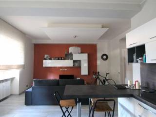 Photo - 2-room flat via Bainsizza, 15, Turbigo