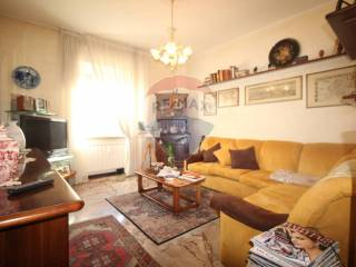 Photo - 4-room flat good condition, first floor, Ambivere