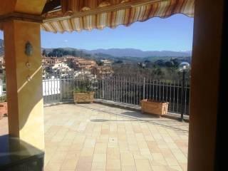 Foto - Villa plurifamiliare via Gian Lorenzo Bernini 5, Rignano Flaminio