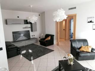 Photo - 4-room flat via Leonardo da Vinci, Giavera del Montello