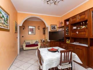 Foto - Trilocale Strada Stupinigi 49, Mercato - Santa Maria, Moncalieri