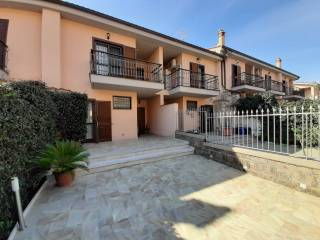 Photo - Terraced house via Monte Marino, Rosta, Riano