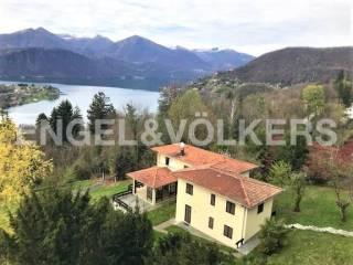 Foto - Villa unifamiliare via A  Pestalozza 1, Miasino