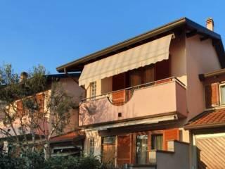 Photo - Terraced house via Alberto da Giussano, Dairago